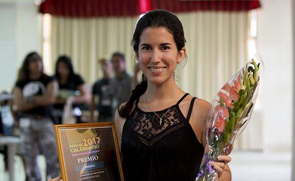 El galardón en ensayo fue para Natalie Roque Vega. Foto: Ismael Francisco/ Cubadebate.