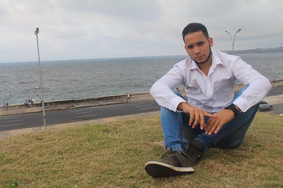 «Es el momento que Santiago de Cuba tenga un movimiento de repentistas»